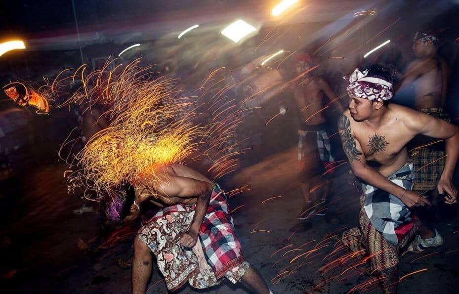भारत में अजीब-ओ-गरीब रीति-रिवाज | Strange Poor Rituals in India|
