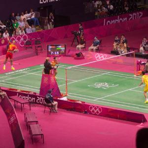 Badminton - बैडमिंटन