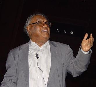 सी॰ एन॰ आर॰ राव C. N. R. Rao